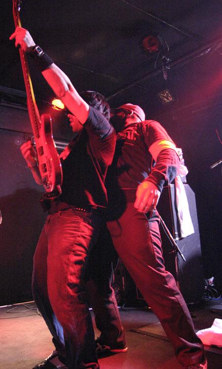 Killswitch Engage + Twelve Tribes + All That remains – 25 janvier 2005 – Boule Noire – Paris